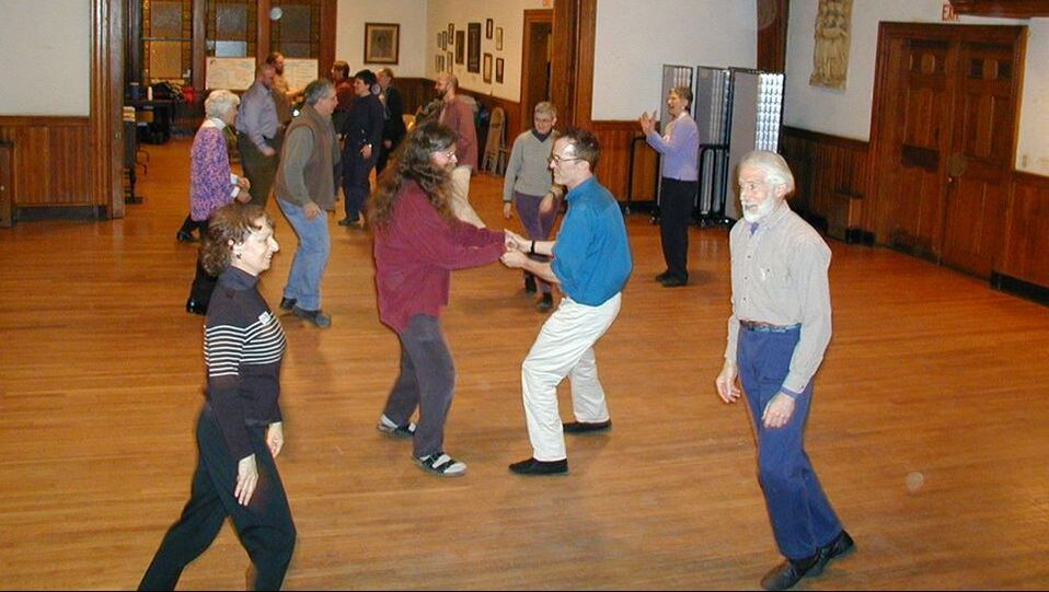 Boston Gender Free English Country Dance